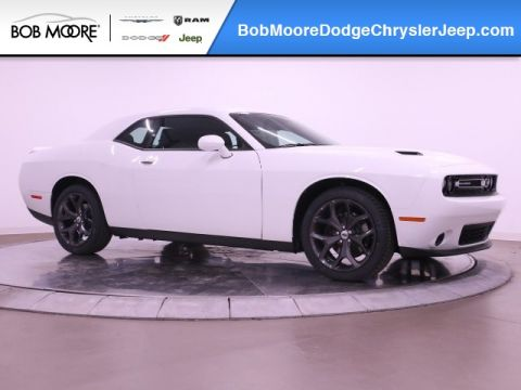 New 2019 DODGE Challenger SXT Plus