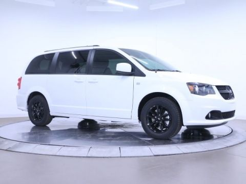New 2019 DODGE Grand Caravan SE Plus Blacktop